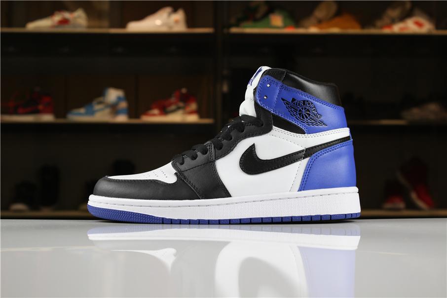 Mens Air Jordan 1 Retro High Og Summit White Black Blue Moon