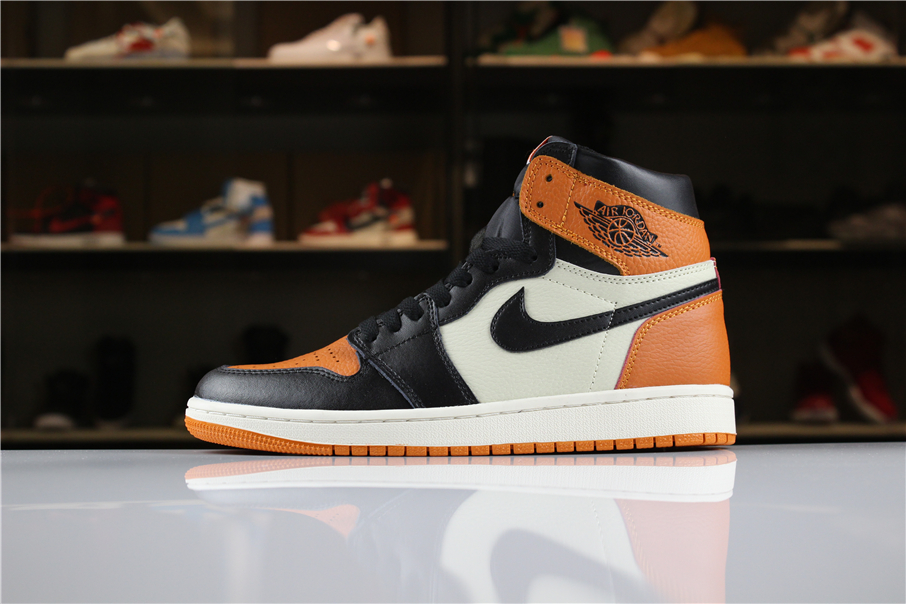 new arrival 2715d 90647 New Air Jordan 1 Retro High OG