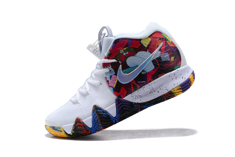 detailed pictures b85ad c87fb Nike Kyrie 4