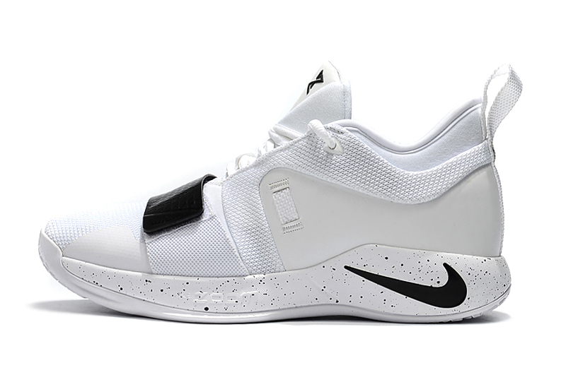new arrival 4f65f b2102 Nike PG 2.5 White Black Paul George Basketball Shoes