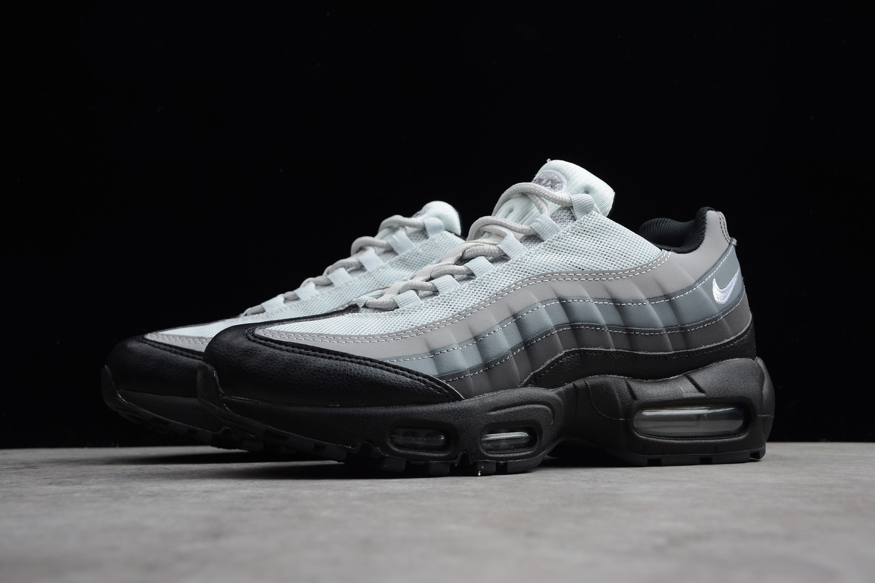 Nike Air Max 95 Essential Black White Dark Grey 749766 022