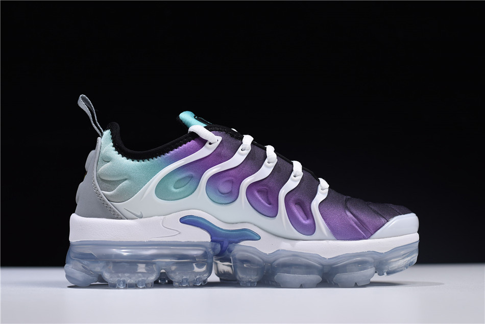cheap for discount 596f5 567c8 Women's Nike Air VaporMax Plus